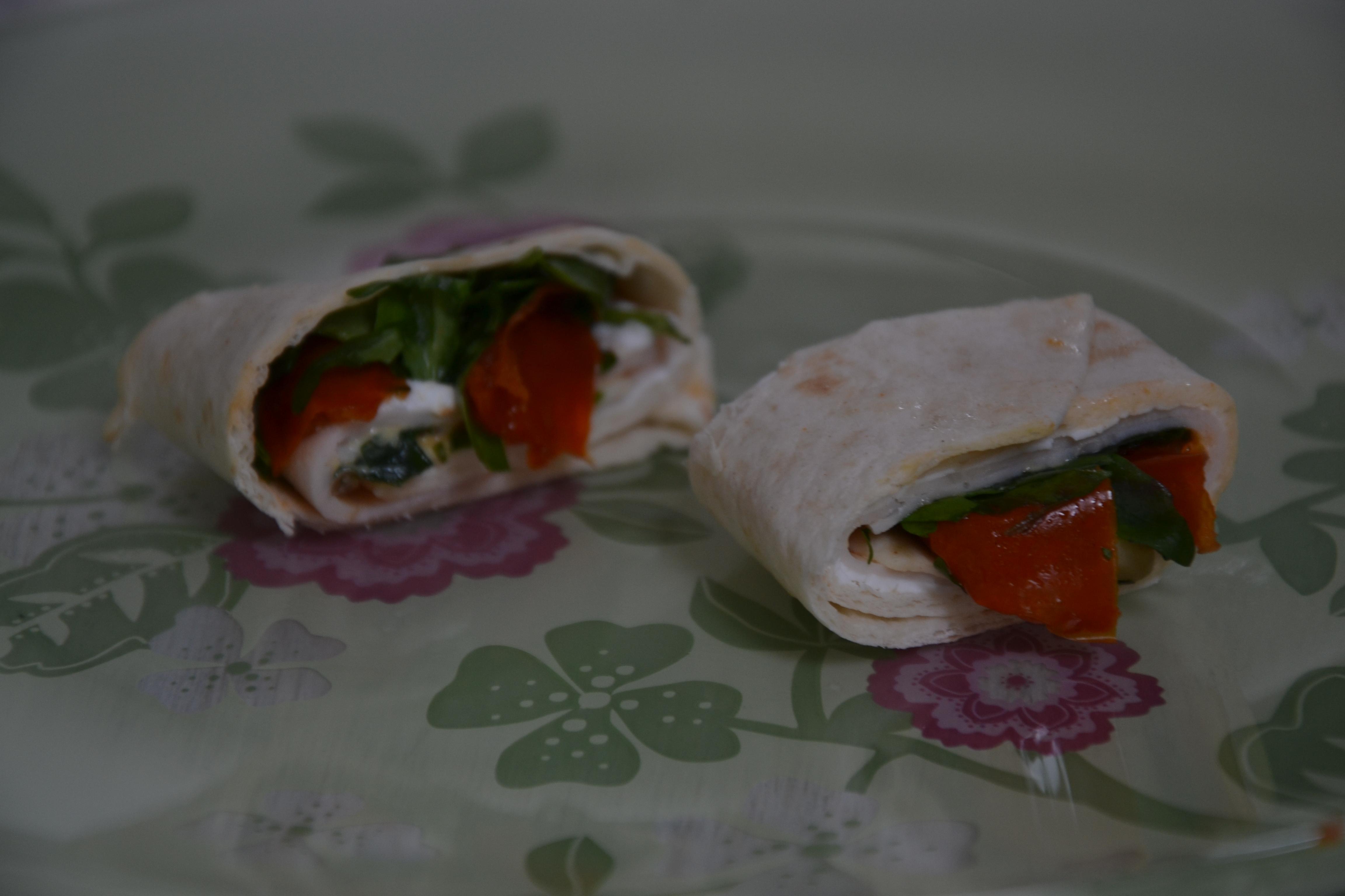 wraps geitenkaas met zongedroogde tomaat
